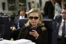 Hillary Clinton e-postaları yayınlandığı için endişeli