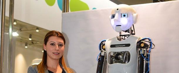 Hannover'de robotların gövde gösterisi