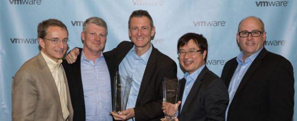 2016 VMware Partner Liderlik Zirvesi'nde Fujitsu'ya İnovasyon Ödülü