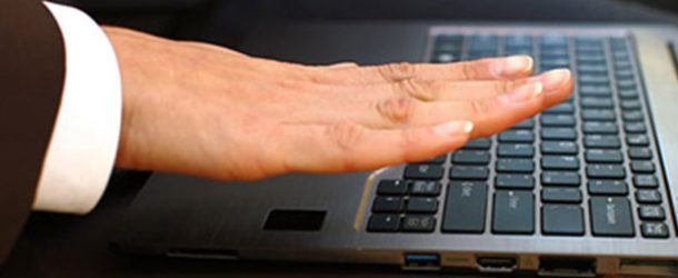 Fujitsu'dan SAP Sistemleri için PalmSecure BioLock