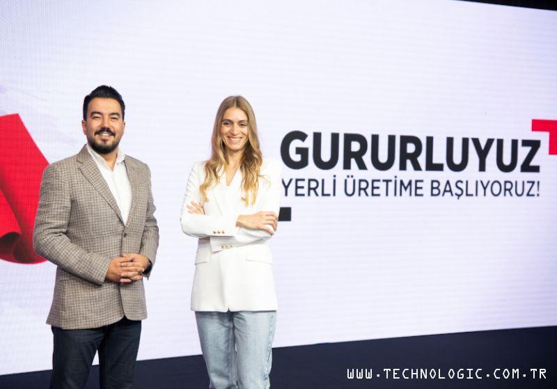 TCL Communication Türkiye Ülke Müdürü Serhan Tunca ve Pazarlama Müdürü Arzu Topuz.
